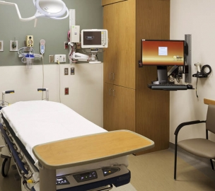 Patient room at CHI Health Creighton University Medical Center University Campus in Omaha, NE