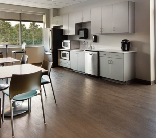 Kitchen Lounge Area | Chattahoochee Technical College Health Science Building