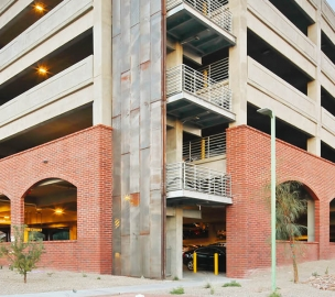 University of Arizona — South Stadium Parking Structure